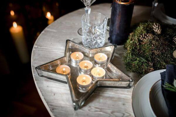 Glass star tray with candles